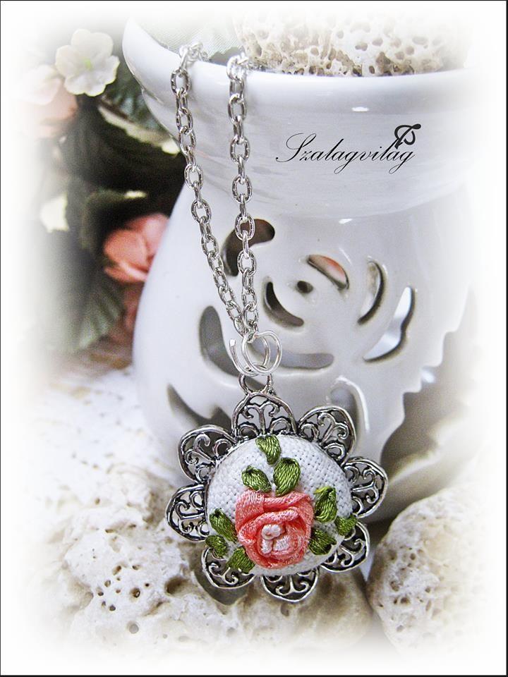 """""""Rose"""" medál"""