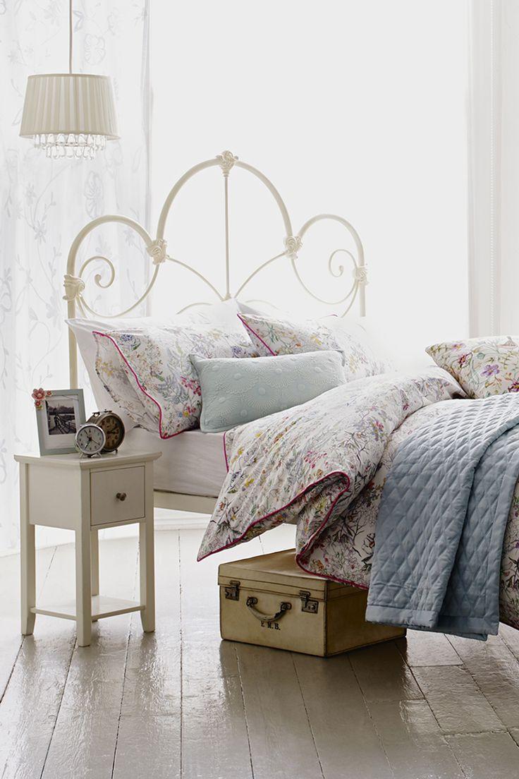 Best 25 Ivory Bedroom Ideas On Pinterest Master