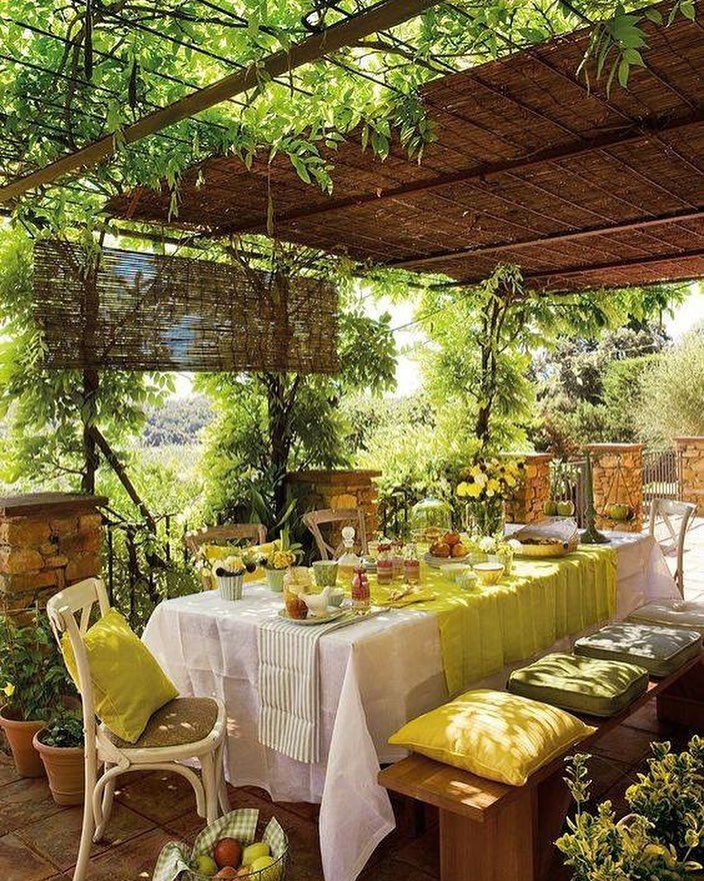 Terrasse Beautiful outdoor setting for quiet