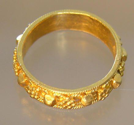 middeleeuwse gouden sieraden - Google zoeken