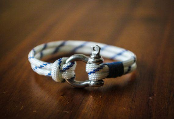 Handmade Nautical Paracord Mens/Womens Bracelet (White & Blue)
