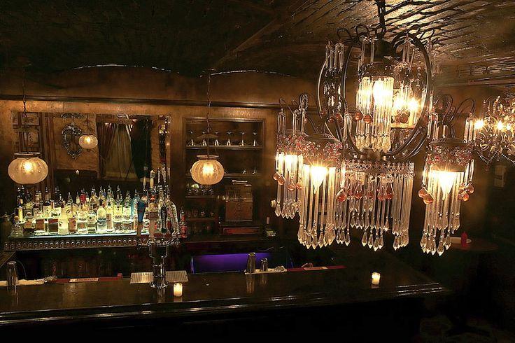 pretty Speakeasy bar, Speakeasy decor, Speakeasy party