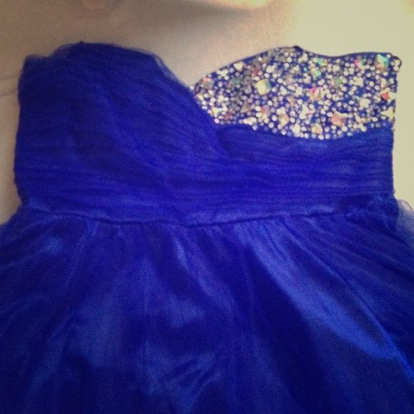 Royal Blue Prom/ Homecoming Dress Size 22, bits a bit big so I had it taken in a little bit but easy to undo! Hits a little bit above the knee and was only worn 2 times! Still in great condition! Dresses