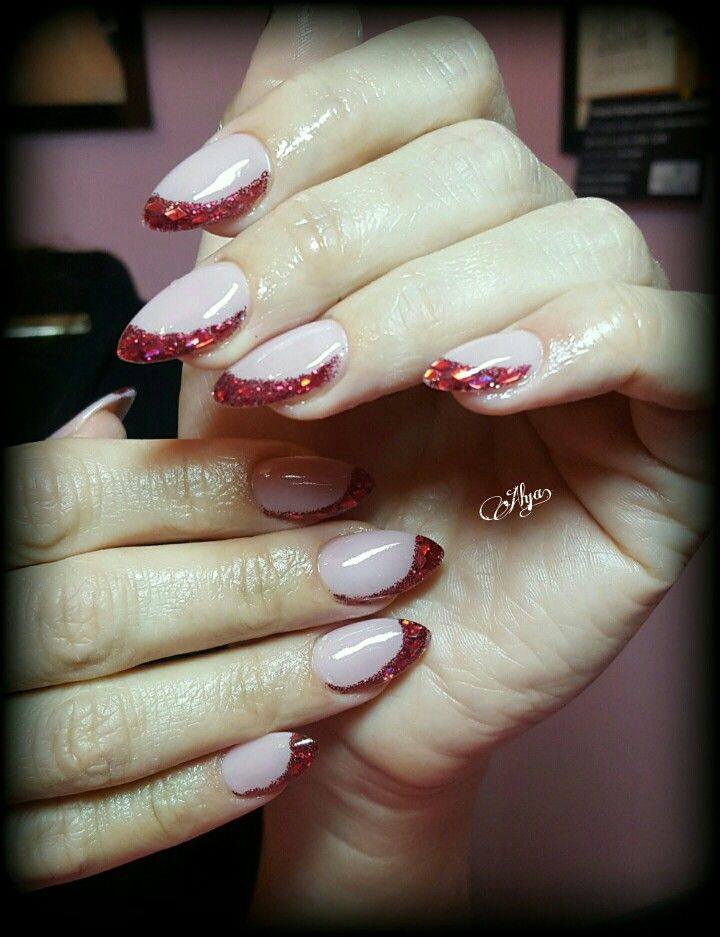 Red glittered point nails