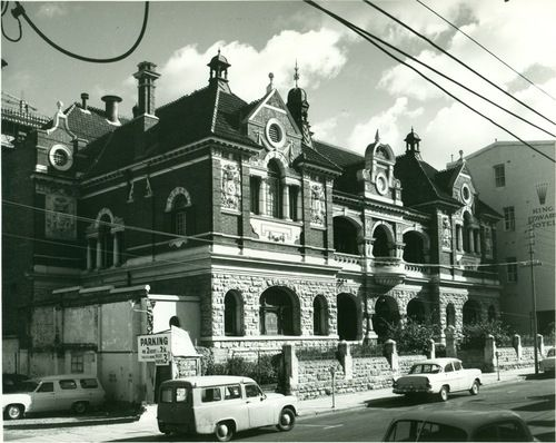 Unknown building at 501-525 Hay Street Perth (near corner of Pier St), c.1965, prior to the demolition of it and the King Edward Hotel. The Central Law Courts, and the King's Hotel now stand on this site. The bottom photo, showing both buildings, was taken in 1928, by the State Photographer.