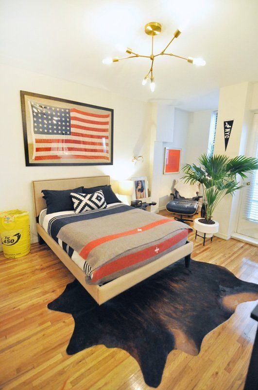 116 best images about i love cowhide on pinterest for Bedroom design apartment therapy