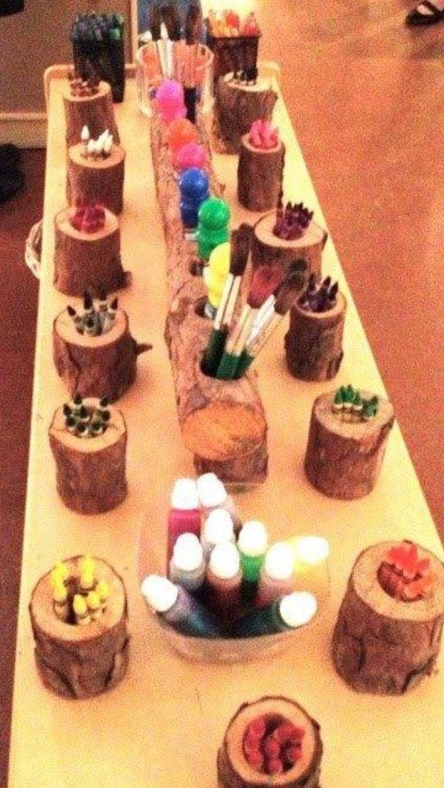 Awesome Reggio inspired natural art area.