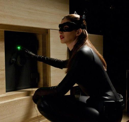 Anne Hathaway Dark Knight Rises: 74 Best Images About Anne Hathaway On Pinterest