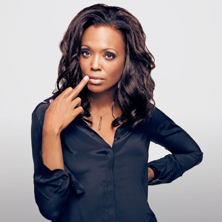 Aisha Tyler in The Urban Smith Necklace - Fearless