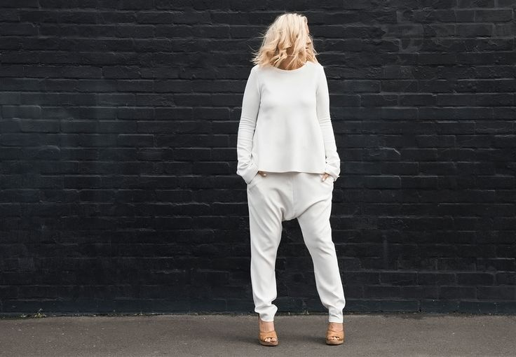 How to wear slouchy clothes and still look stylish