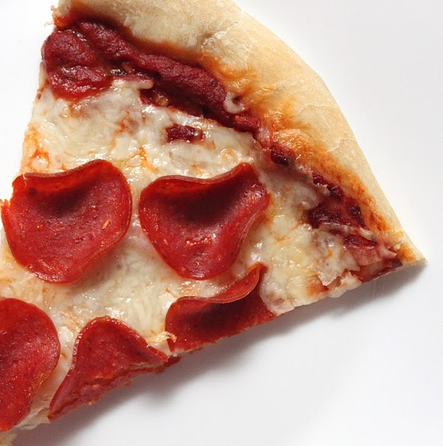 an easy recipe for pizza sauce. If I'm making my own crust, I should ...