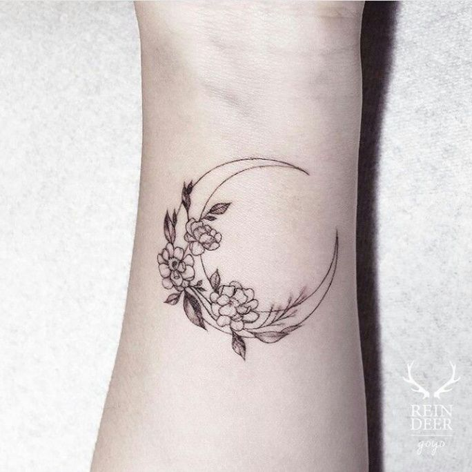 8 Reasons Why People Love Floral Moon Tattoo Pinterest Floral Moon Tattoo Pinterest Tattoos Moon Tattoo Body Art Tattoos