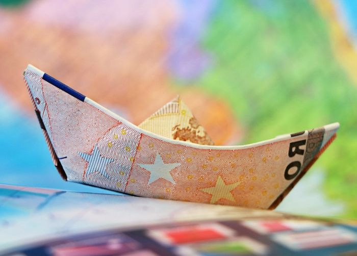 25 best ideas about toile origami on pinterest toiles - Suspension etoile papier ...