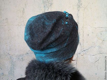 Купить или заказать Валяная шапочка ЗИМНИЕ ВОДЫ в интернет-магазине на Ярмарке Мастеров. Яркий и стильный аксессуар специально для Вас!, теплая, легкая,шапочка, расшита бусинами, войлочными шариками, бисером. Украшена крупной бусиной яшмы ' морская фасоль' Шапка зимняя, в размере 55-57. Посадка на голове более плотная, в области лба не топорщится, у манекена всего 54 см объем головы. С вязаной вручную манжетой внутри, которая обеспечивает удобную посадку на голове , не дает крутиться ...