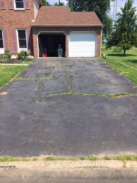 How To Seal Coat A Driveway The Diy Doghouse Driveway Repair Driveway Asphalt Driveway
