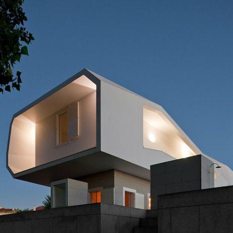 House in Oporto by Álvaro Leite Siza