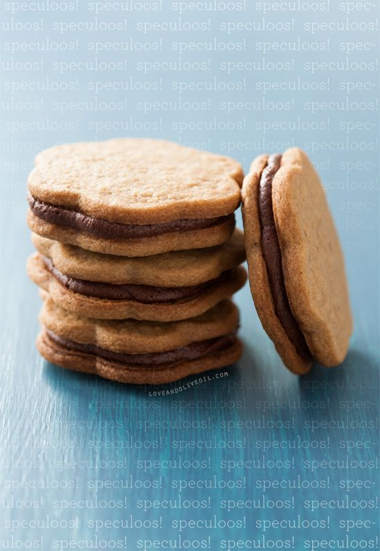 Homemade Biscoff Cookies Recipe | loveandoliveoil.com #cookies #biscoff #homemade