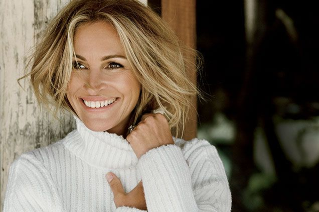 Julia Roberts Allure October 2015 photo shoot-Love Julia, love her smile, and LOVE that Victoria Beckham sweater!