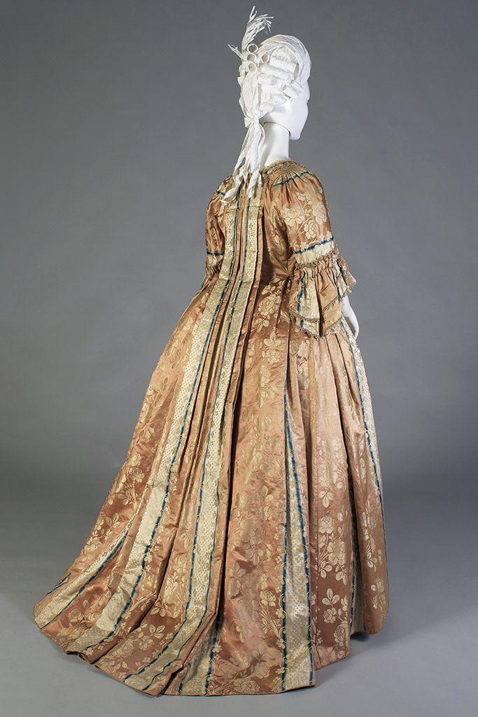 Robe à la française, German, ca. 1750s, KSUM 2002.35.7 ab.