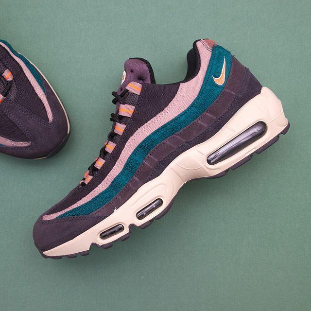 best wholesaler 50% price timeless design Nike Air Max 95 Premium - 538416-018 •• En Air Max 95:a utöver det ...