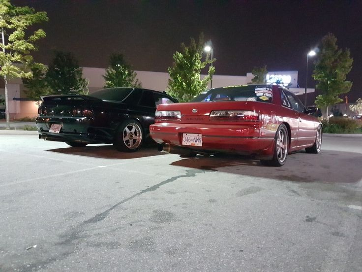 Simons r32 with my s13 #project604 #p604 #nissan #240sx #silvia #s13silvia #s13 #ps13 #sil40 #silforty #schassis #skyline #r32 #gtst #skylinegtst
