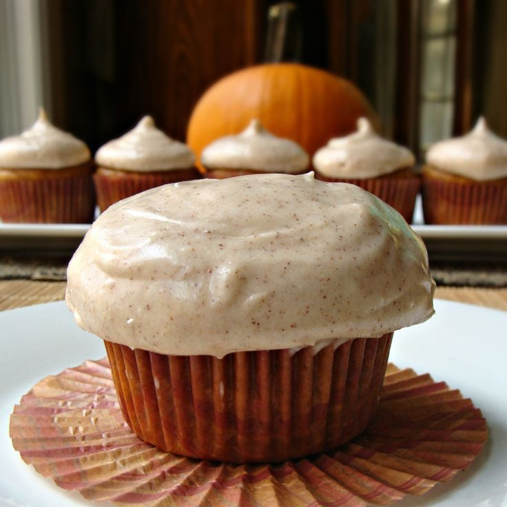 Pumpkin Cupcakes with Cinnamon Cream Cheese Frosting. Bring On Fall!! :D: