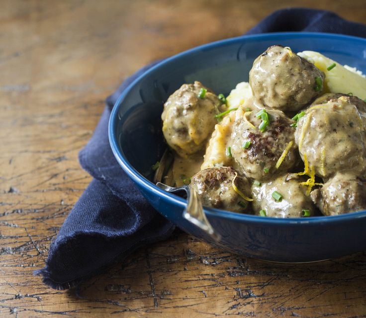 Swedish meatballs recipe from Chelsea Winter: http://chelseawinter.co.nz/swedish-meatballs/