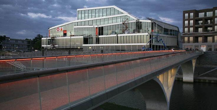 Het vernieuwde theater de Maaspoort in Venlo. Een bolwerk van cultuur!