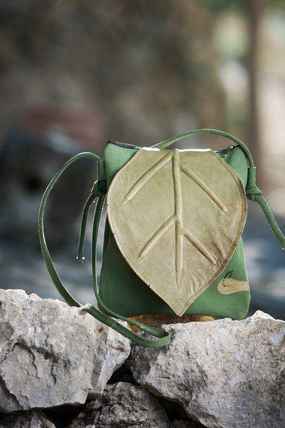 Ledertasche, Lederrucksäcke. Originale Tasche,        Ledertasche Kollektion Wald - De-cuir -  Es ist eine sehr originelle Tasche mit einem einzigartigen Design. Es ist unser...