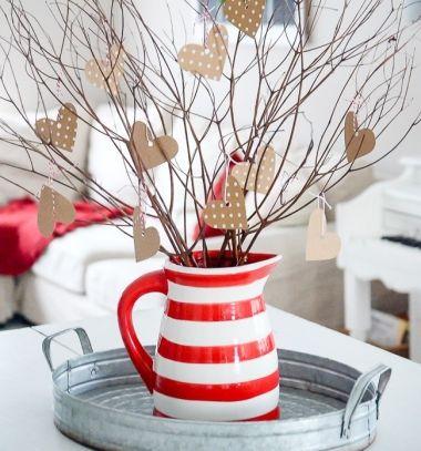 Easy DIY paper heart tree - Valentine's day centerpiece // Egyszerű papír szívecske fa faágakból - romantikus dekoráció // Mindy - craft tutorial collection // #crafts #DIY #craftTutorial #tutorial