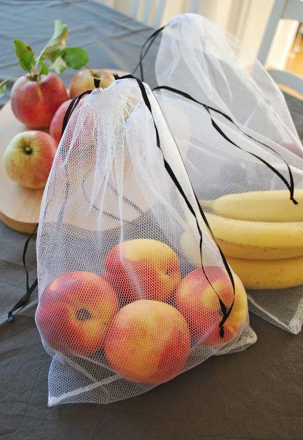Rückblick 1:    Für unsere Einkäufe nehme ich schon seit jeher Körbe oder Taschen von zu Hause mit, um Müll zu vermeiden. Beim Gemüse und Obst versuche ich auch so oft wie möglich auf die Plastikbeute