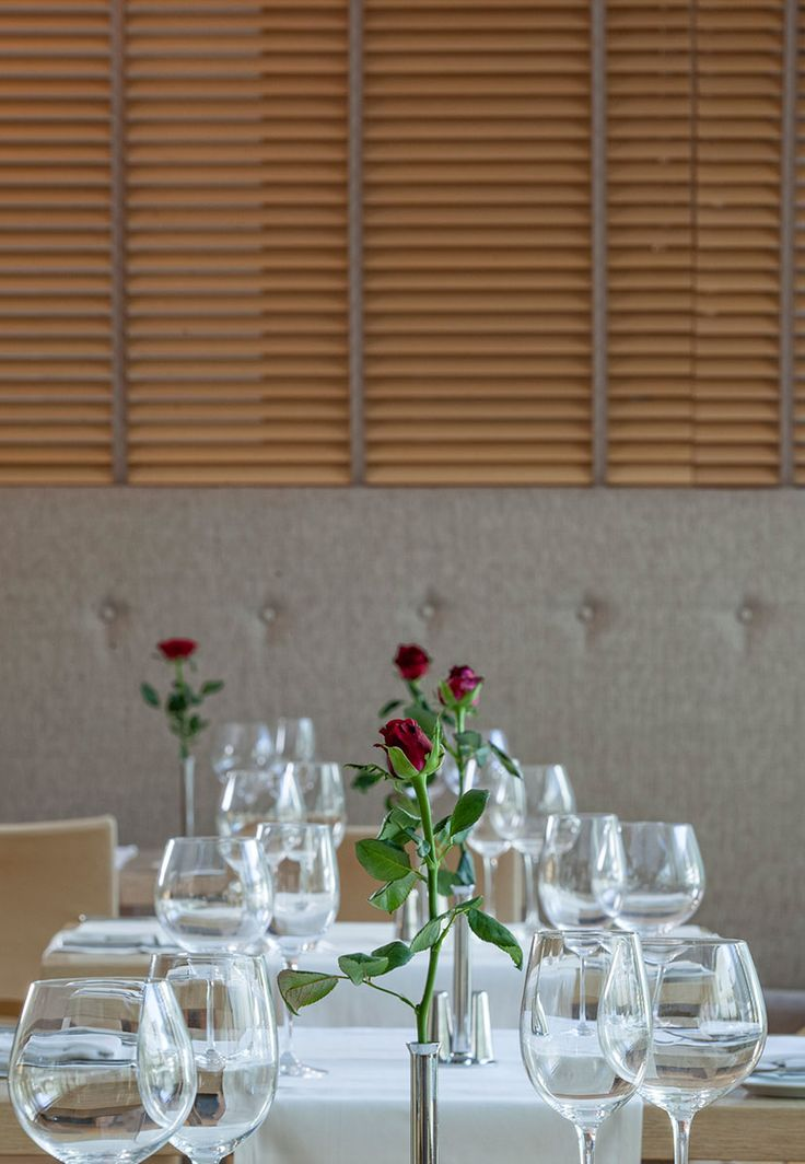 Red Roses in the Vase! The romantic details make Valentine's dining in Vetri Restaurant a lovely experience made just for 2! Look also for Valentine's Day accommodation and live the complete Galaxy Hotel Iraklio for couples at http://goo.gl/QzzLuC.  #GalaxyHotelIraklio #lifeincrete #valentinesday #romantic #dinner #love