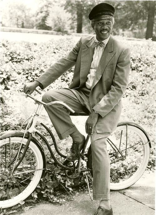 Morgan Freeman relaxes on a bike via blog Rides a Bike (Driving Miss Daisy, 1989) Photo: Sam Young Emerson