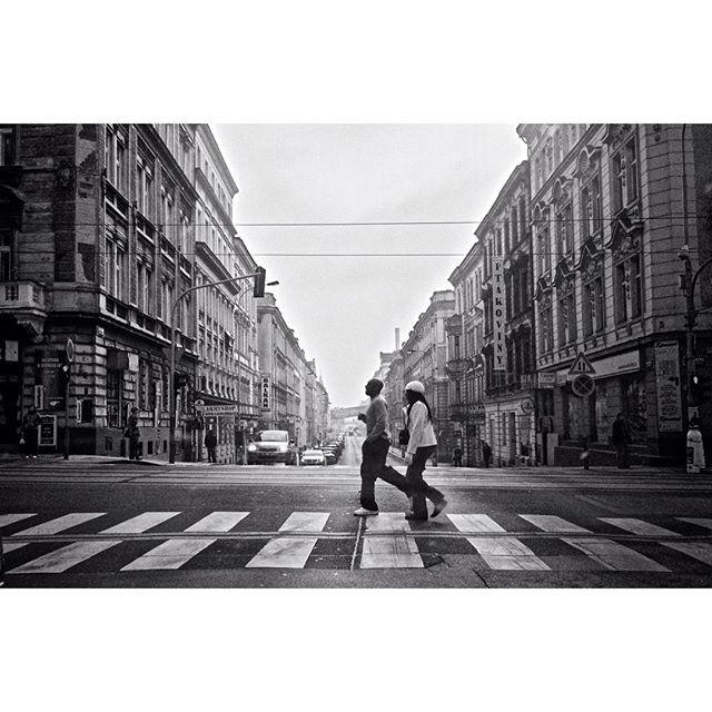 smichov #prague #blackandwhite #city #street #streetphotography #rain #trafic #citylife #stripes