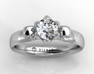 Inel de logodna Pentru femei, momentul in care primesc mult asteptatul inel de logodna este unul deosebit, care are o mar insemnatate. Pentru barbati insa, dincolo de frumusetea momentului este grija si stresul chiar de a alege un inel de logodna potrivit, pe placul persoanei iubite. Nu este tocmai usor sa...  https://scriuceva.ro/inel-de-logodna/