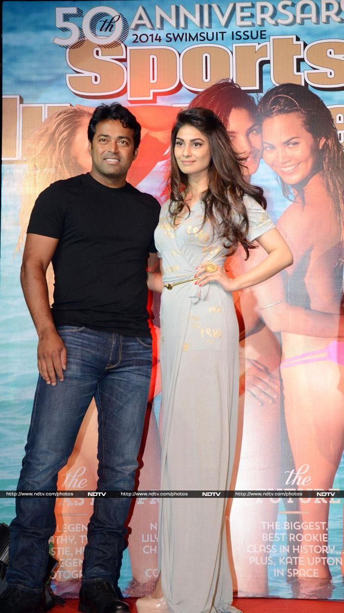 Leander Paes posed with actress Puja Gupta
