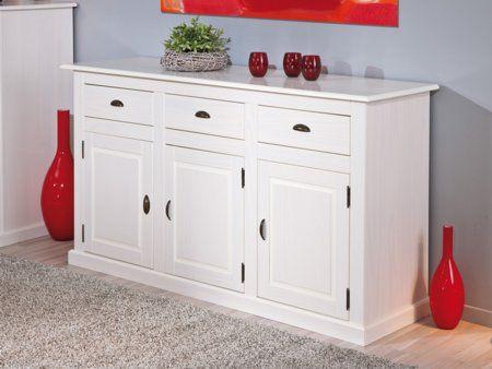 382 - aparador de estilo romántico en tu hogar. Un mueble fabricado en madera maciza color blanco. Posee 3 puertas y 3 cajones con guías de metal. Disponible también mesa comedor a juego y libreria-aparador a juego. ...