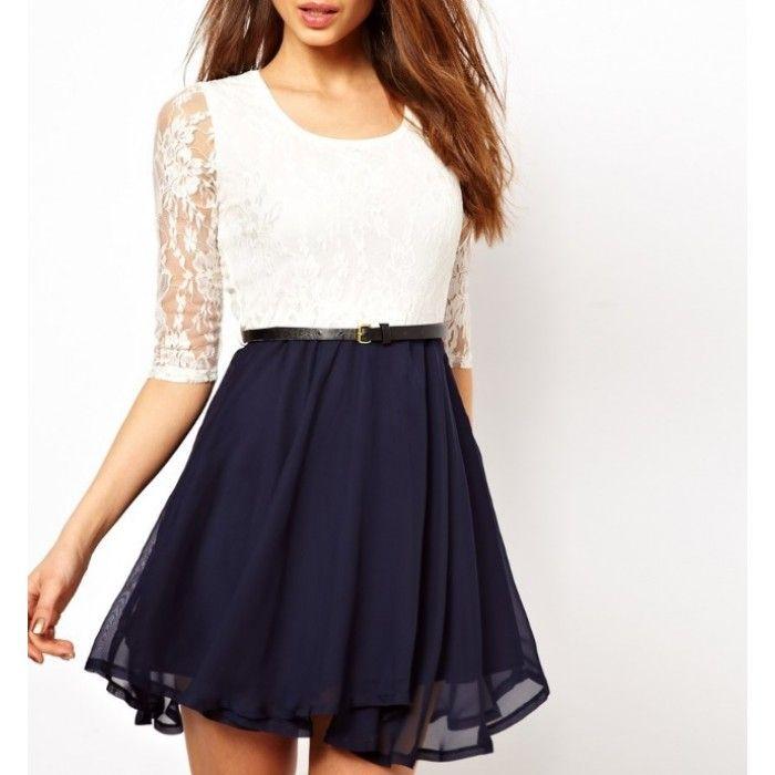 Witte kanten jurk met blauwe rok