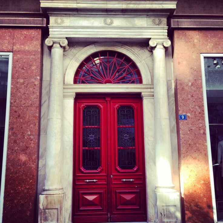 Door, Ermou Str.