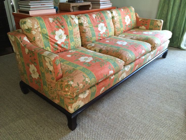Top 25 ideas about chintz on pinterest fabrics palm for Chintz couch