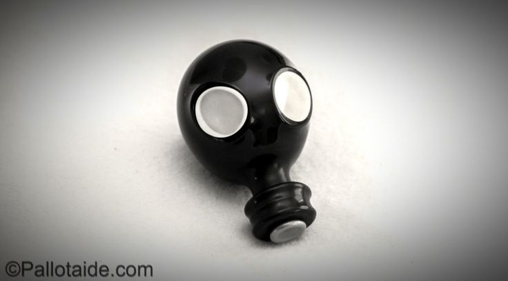 gas mask - 100% latex balloons