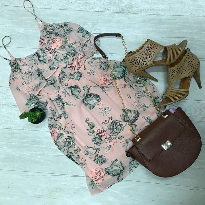 Floral dresses cross body purses and heels all here at Schaumburg Plato's Closet!! #ootd http://ift.tt/2q9wb5e - http://ift.tt/1HQJd81