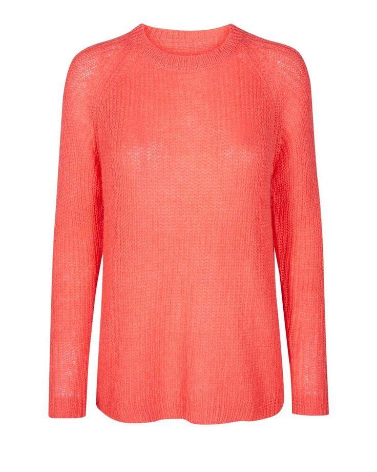 TOMINE 0142 • 4005, JumperMinimumcon vestibilità oversized da donna.Lungo 64cm davanti e 68cm dietro.37% acrilico, 30% nylon, 15% mohair, 15% lana, 3% spandek