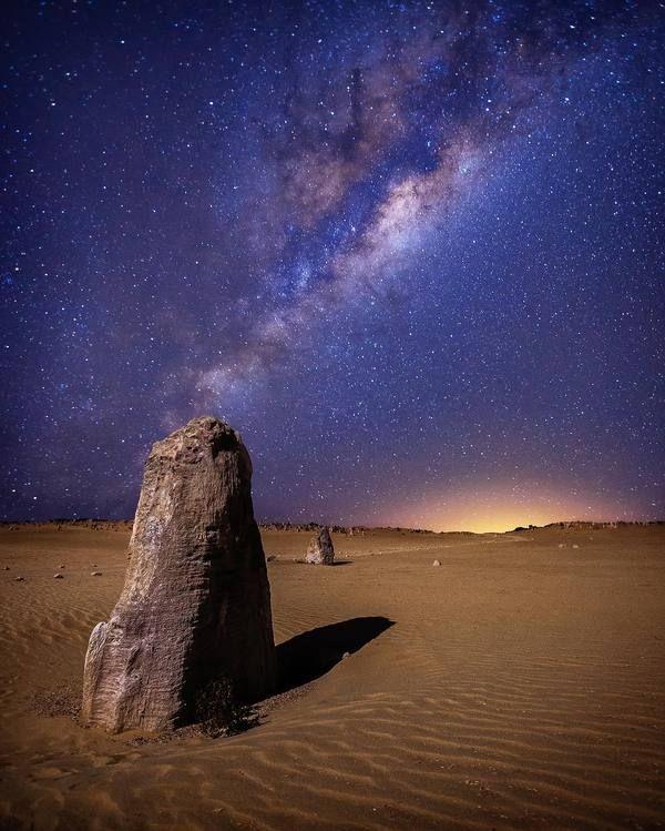 Млечный Путь над пустыней в Австралии астрофото, космос, фото, пустыня, астрономия