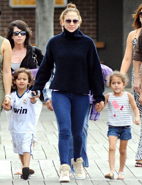 celebrity mom with twins | Jennifer Lopez with twins Max and Emme Credit: Simon Bullard/Newspix ...
