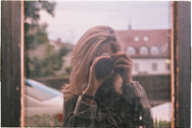 analogue love 1: town strolls @ http://habologique.blogspot.sk  shot with Canon AE-1 using ISO400 film #slovakia #analogue #photography #Bratislava