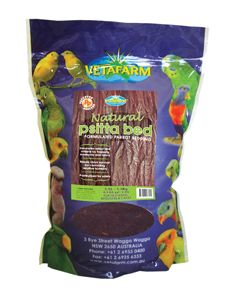 Psittabed - A natural product made from pine bark. The bark has been pasteurised and milled to create a bedding material suitable for nest boxes and brooders.