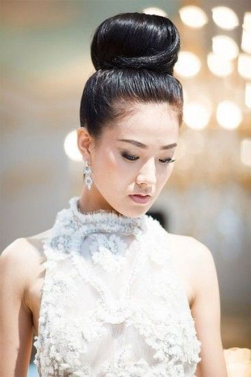 Bridesmaid hairstyle asian : 106 best What Should I Do with My Hair? images on Pinterest