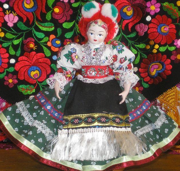 China doll from Mezőkövesd.