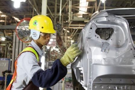 Dengan selalu memperhatikan kualitas produk serta cerdik menggaet pasar secara maksimal, adalah salah satu komitmen TMMIN dalam membangun kekuatan industri manufaktur tanah air.  #InfoTMMIN #TMMIN #ToyotaIndonesia #ToyotaIndonesiaManufacturing